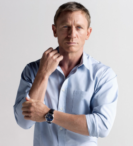 Daniel Craig sporting a side parting